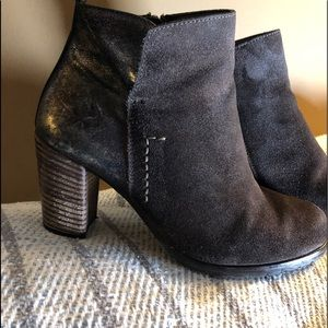 Paul Green chocolate suede and metallic leather.